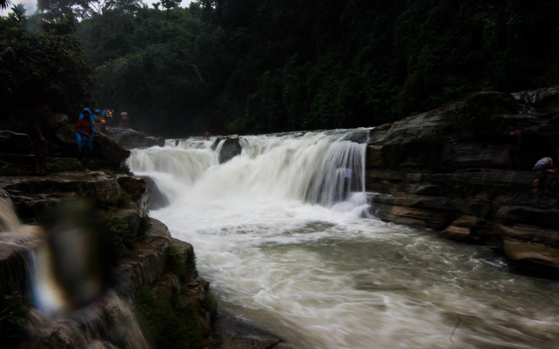 Nafakum waterfall