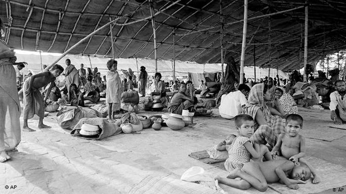 The lifestyle in the refugee camps during '71 - Bproperty