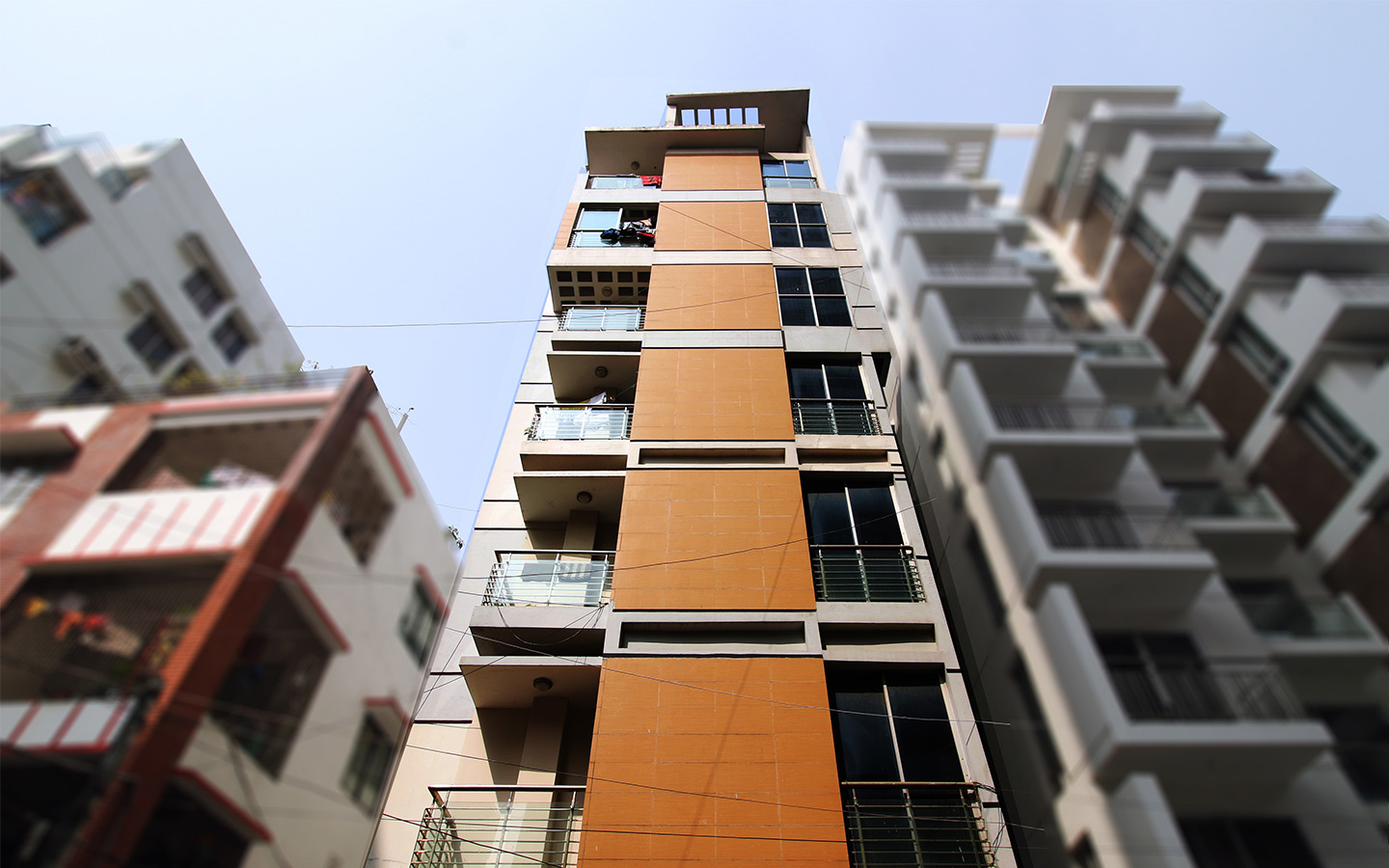This residential apartment is the perfect one if you pick Lalmatia as your home