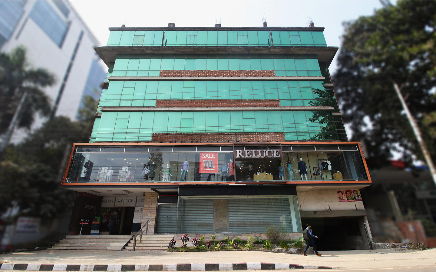 Commercial space for rent in Gulshan 1