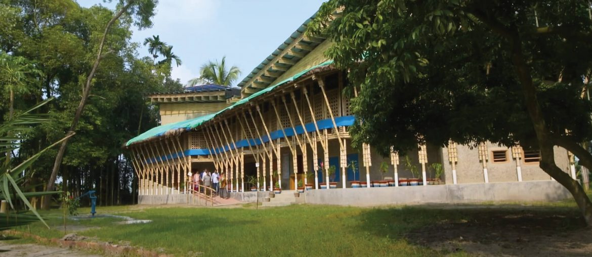 An Overview of Some Amazing Schools in Bangladesh