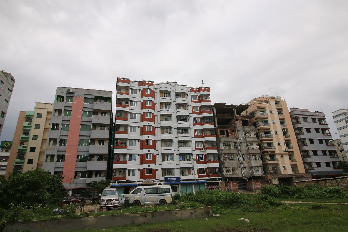 Banasree is one of the most affordable residential areas for newlyweds in Dhaka.