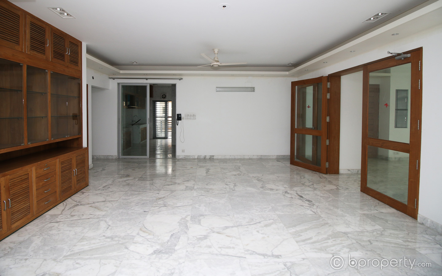A vacant apartment in Gulshan 2
