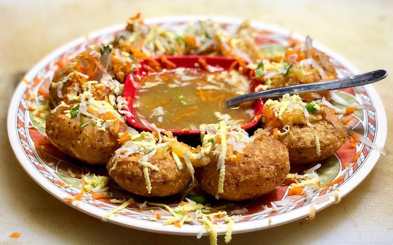 plate of fuchka