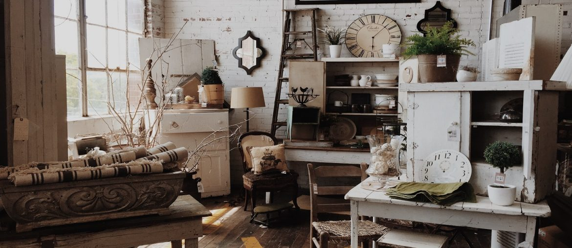 Ways You Can Give Your Furniture an Aged Look - Brproperty