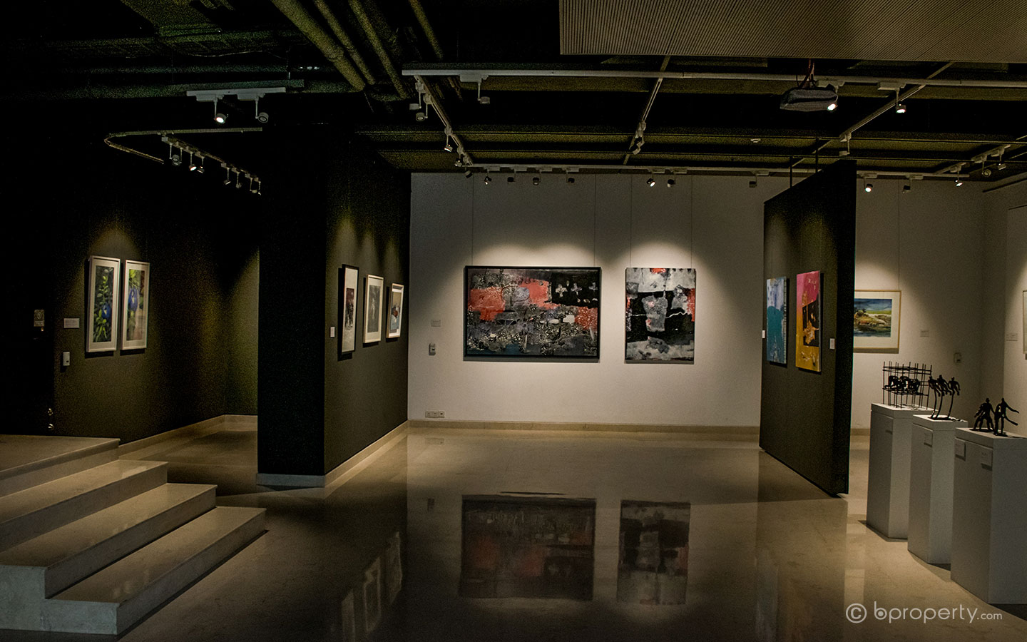 One of the more popular art galleries for foreigners