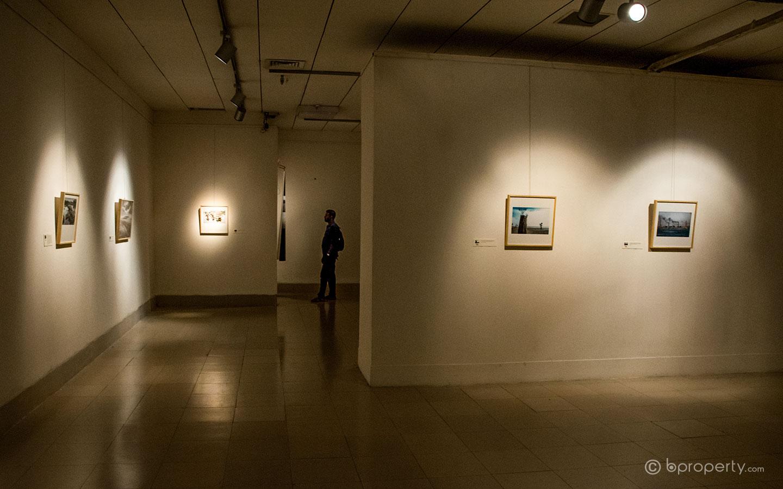 Shilpakala has one of the best art galleries in Dhaka