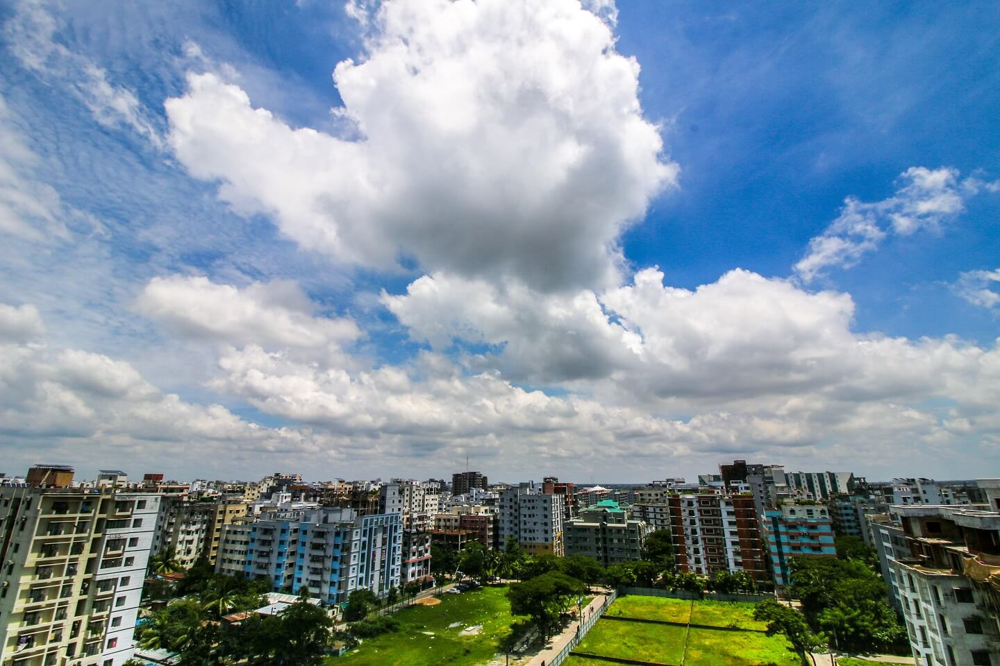 Compared to the benefits in Bashundhara R/A, the price of flat in the area is still low