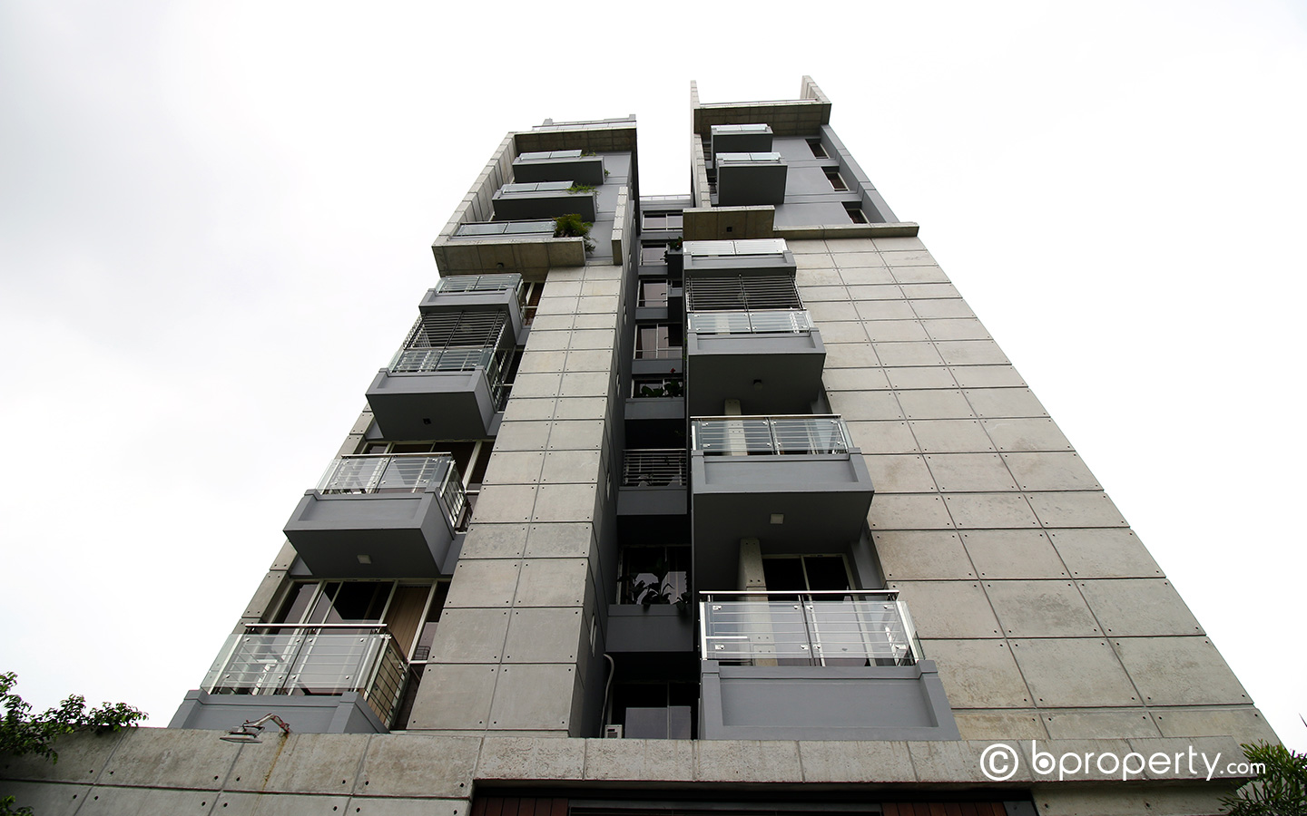 An apartment in block A of Bashundhara R/A