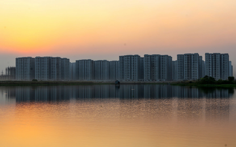 Lake side view in Uttara
