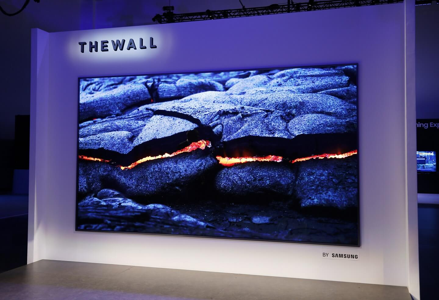 ONE OF THE MOST TRENDING GADGETS FOR HOME : SAMSUNG - THE WALL