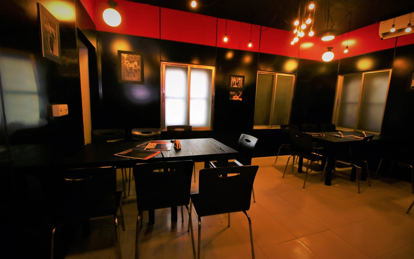 Time Out - hangout restaurants in Banani