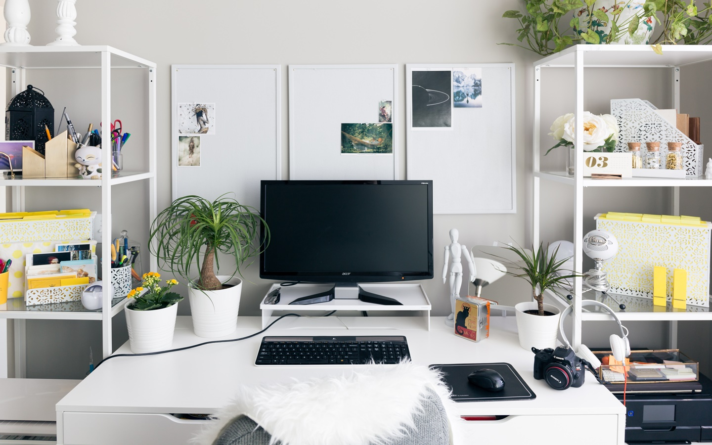 Simple Tips On Workspace And Office Decoration Bproperty