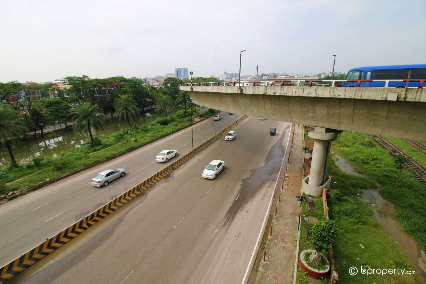 Corruption and malpractices lead to zero impact of flyover over traffic situation