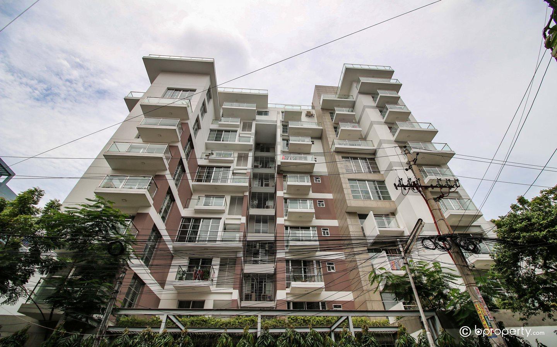 Buy real estate in Uttara