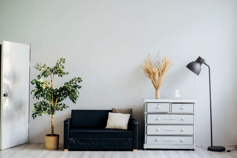 Tips on How to Achieve a Minimalist Lifestyle - Bproperty