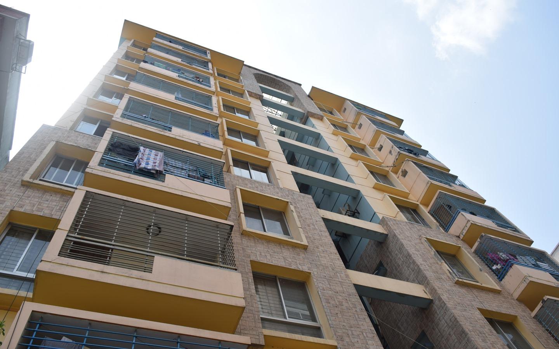 Bashundhara r/a apartment exterior