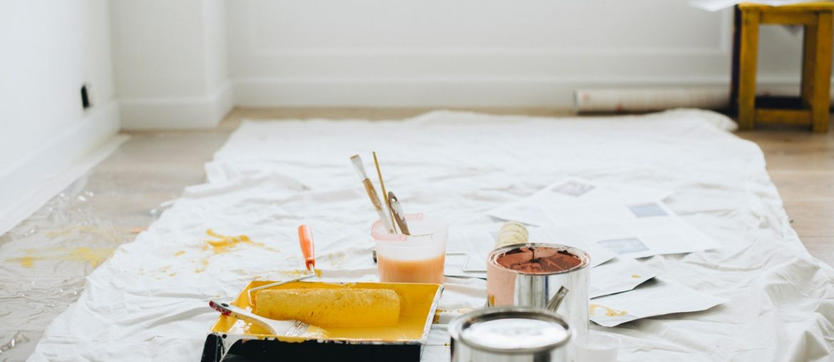 6 Quick & Easy Tips to Remove Wallpaper - Bproperty