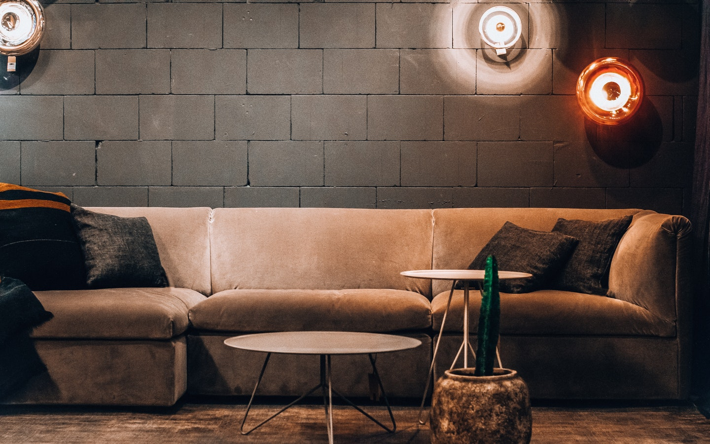 Design better without going overboard by using the rule of 3 in interior design