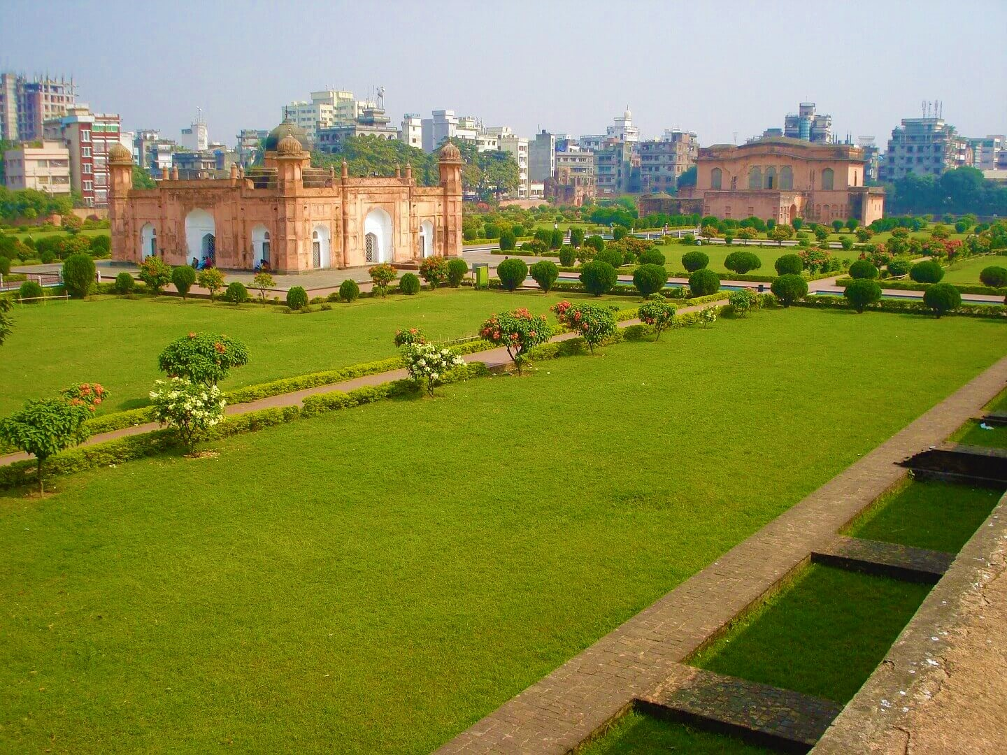 A side view of the historical Lalbagh Fort in Old Dhaka