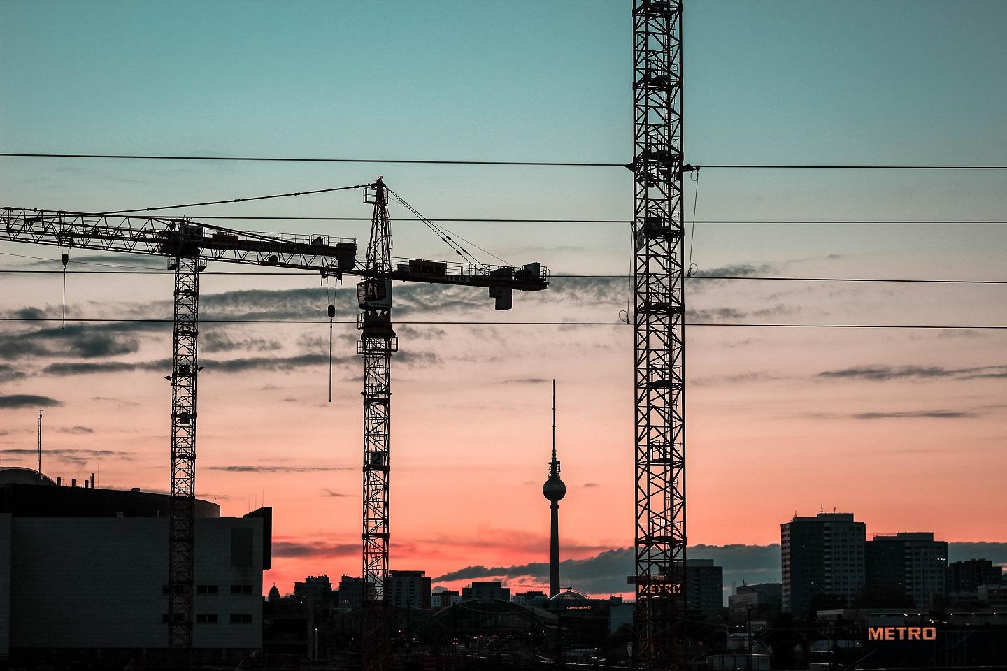 Among the common tips for buying land, buyers look into nearby projects