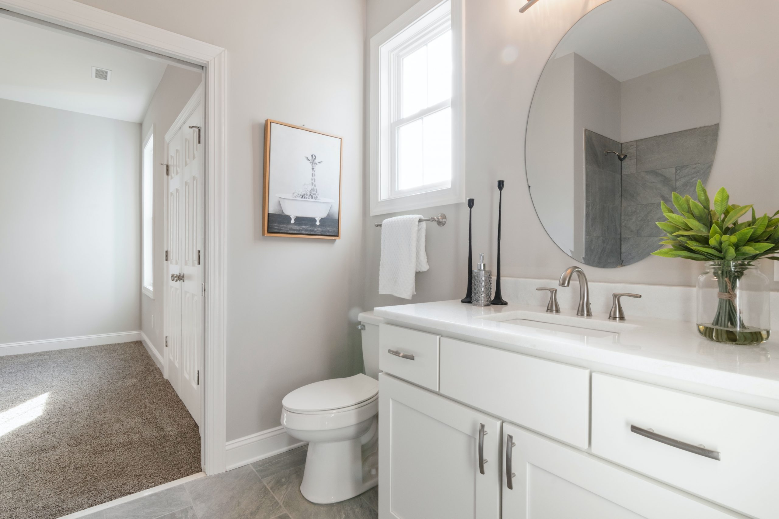 Bathroom traditional décor style