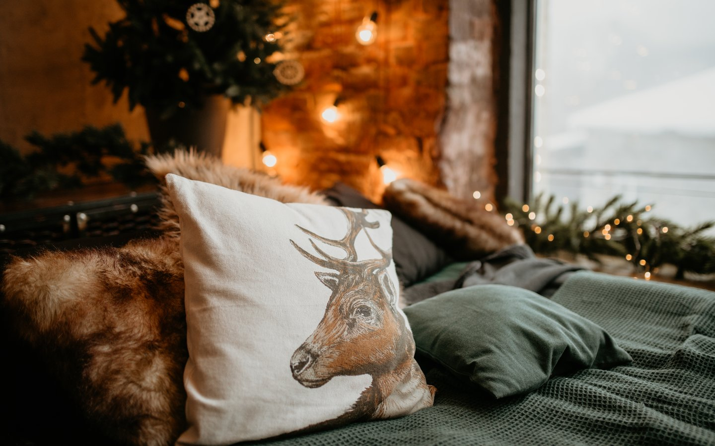 A pillow with the photo of Christmas Carol
