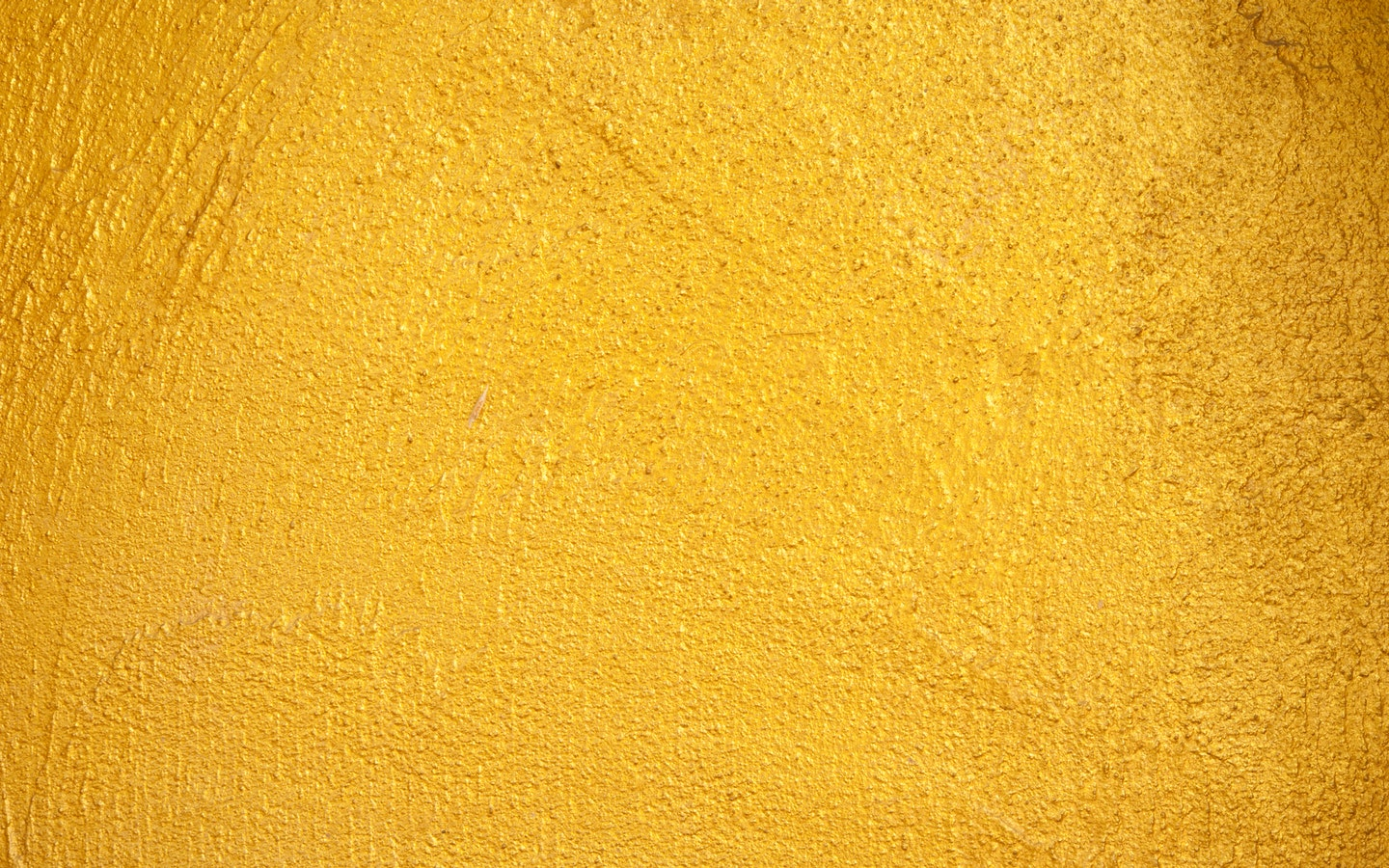 Colors such as green or yellow can improve productivity