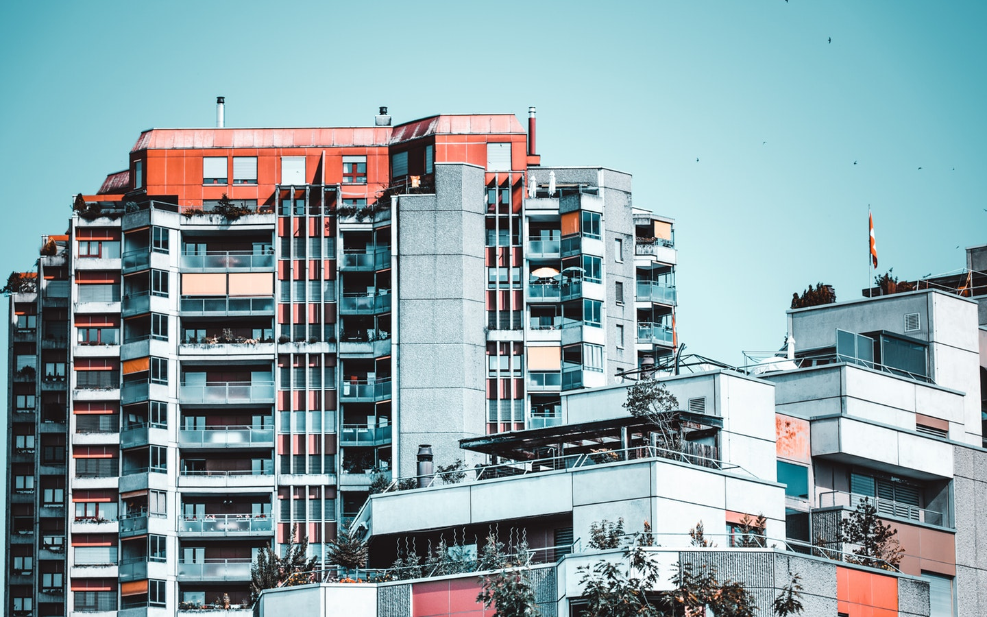 As condominium apartments provide an array of benefits within a competitive price range, demand for such properties are increasing in Dhaka
