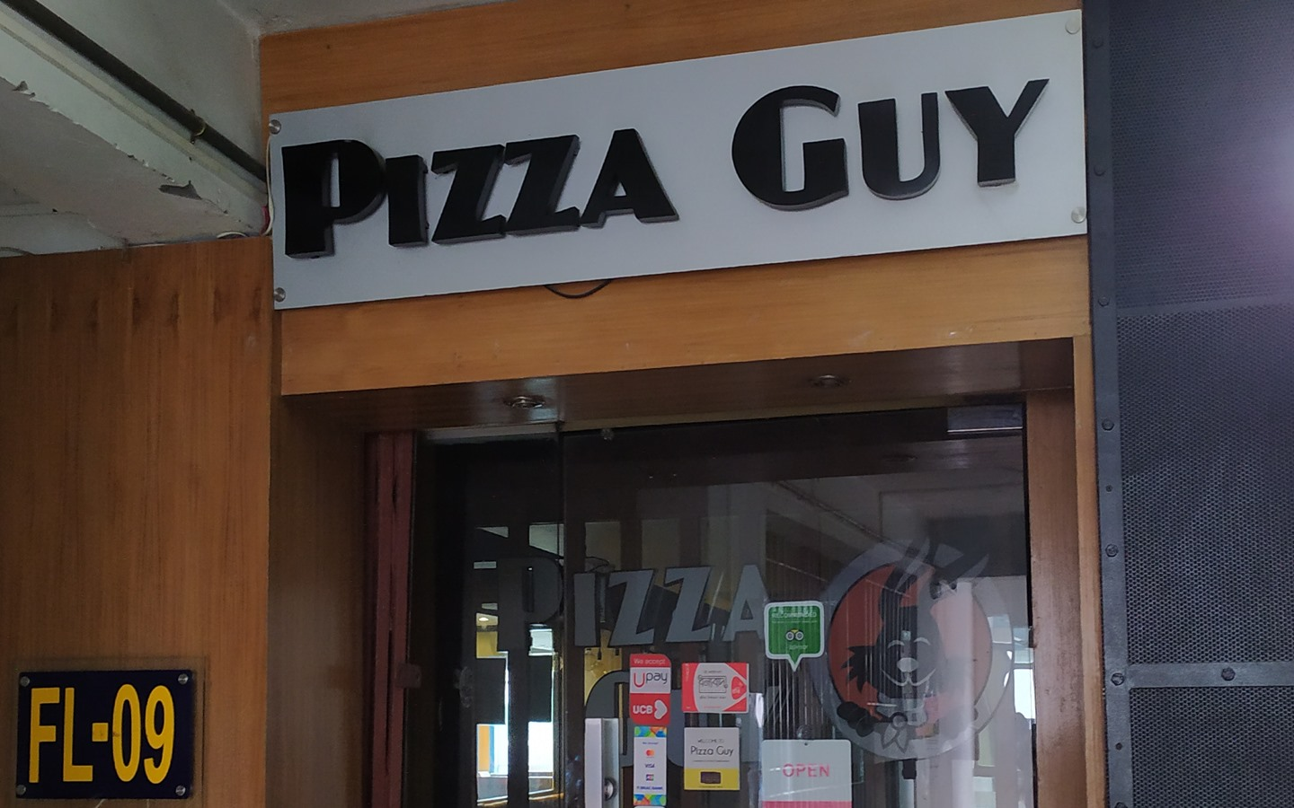 Exterior of Pizza Guy
