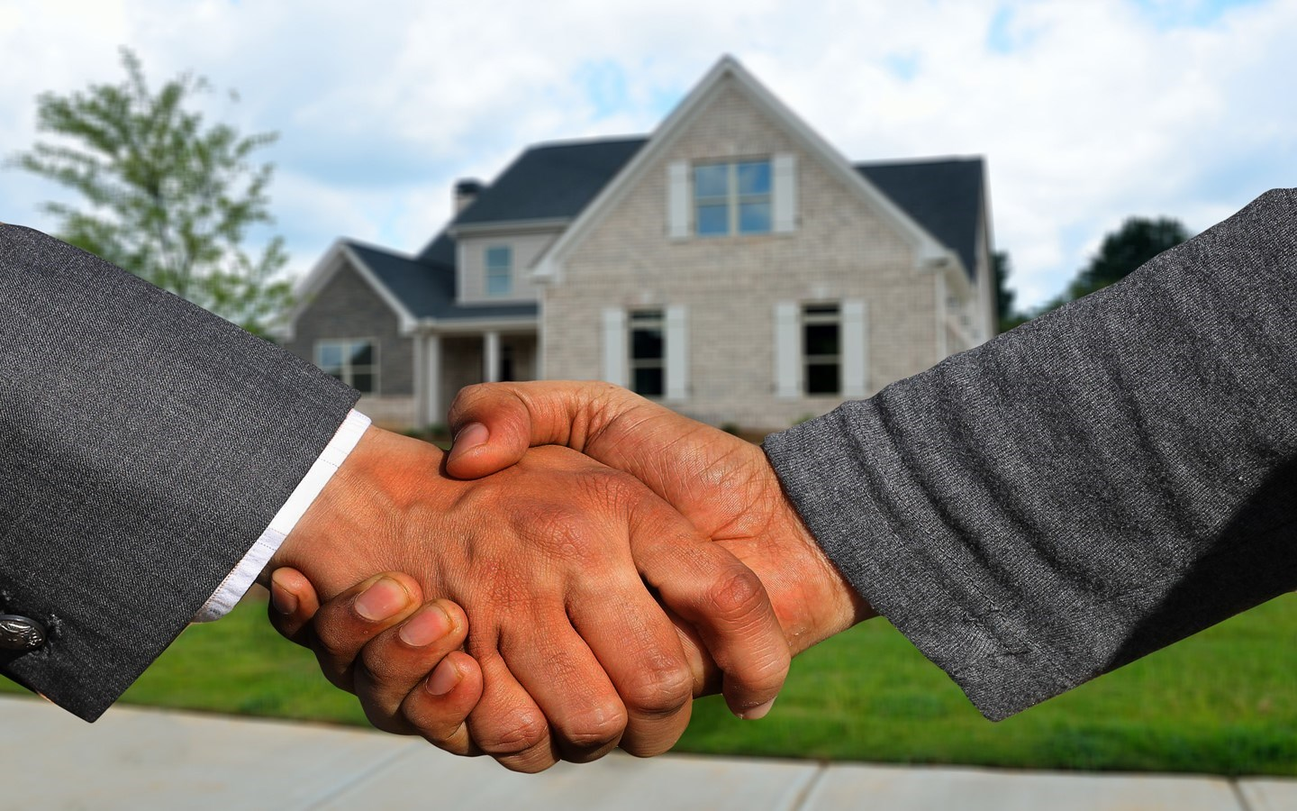 Government employees will be at the forefront of real estate transaction