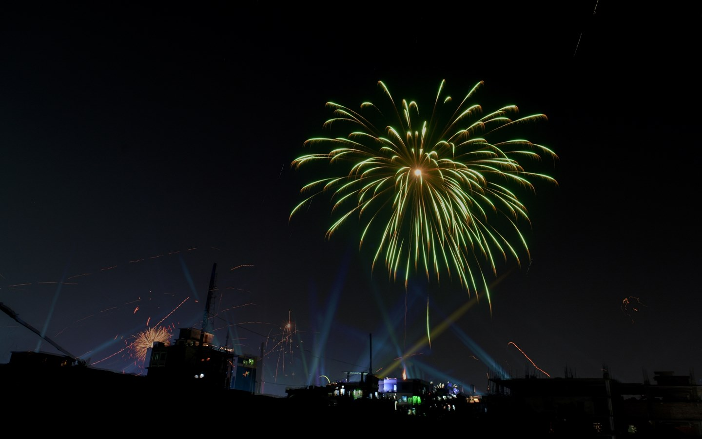 Spend a magical day in Old Dhaka an enjoy the fireworks
