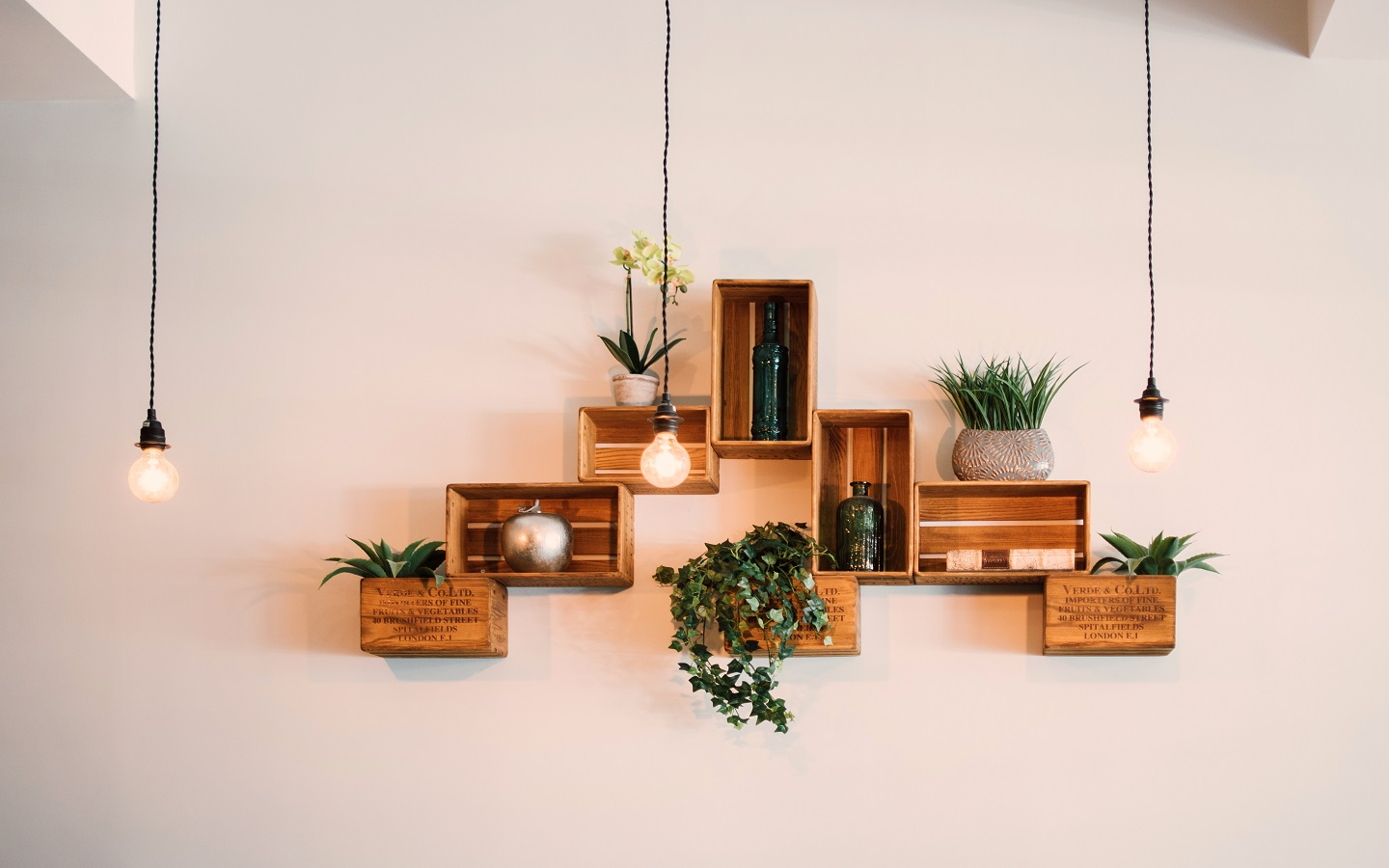 Wall Shelves to the Rescue